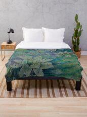 Cosmic lotus design Throw Blanket
