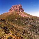 Barn Bluff, Tasmania by keleeson