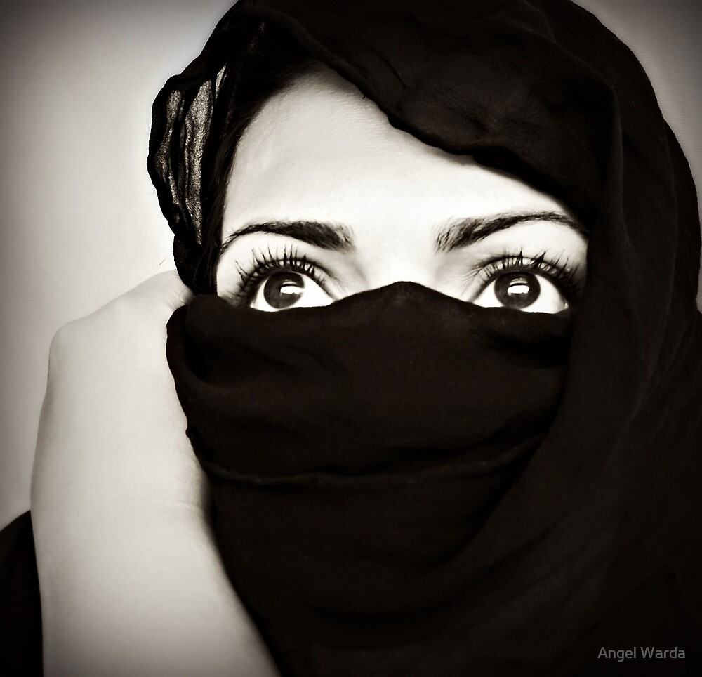 arabic eyes by Angel Warda
