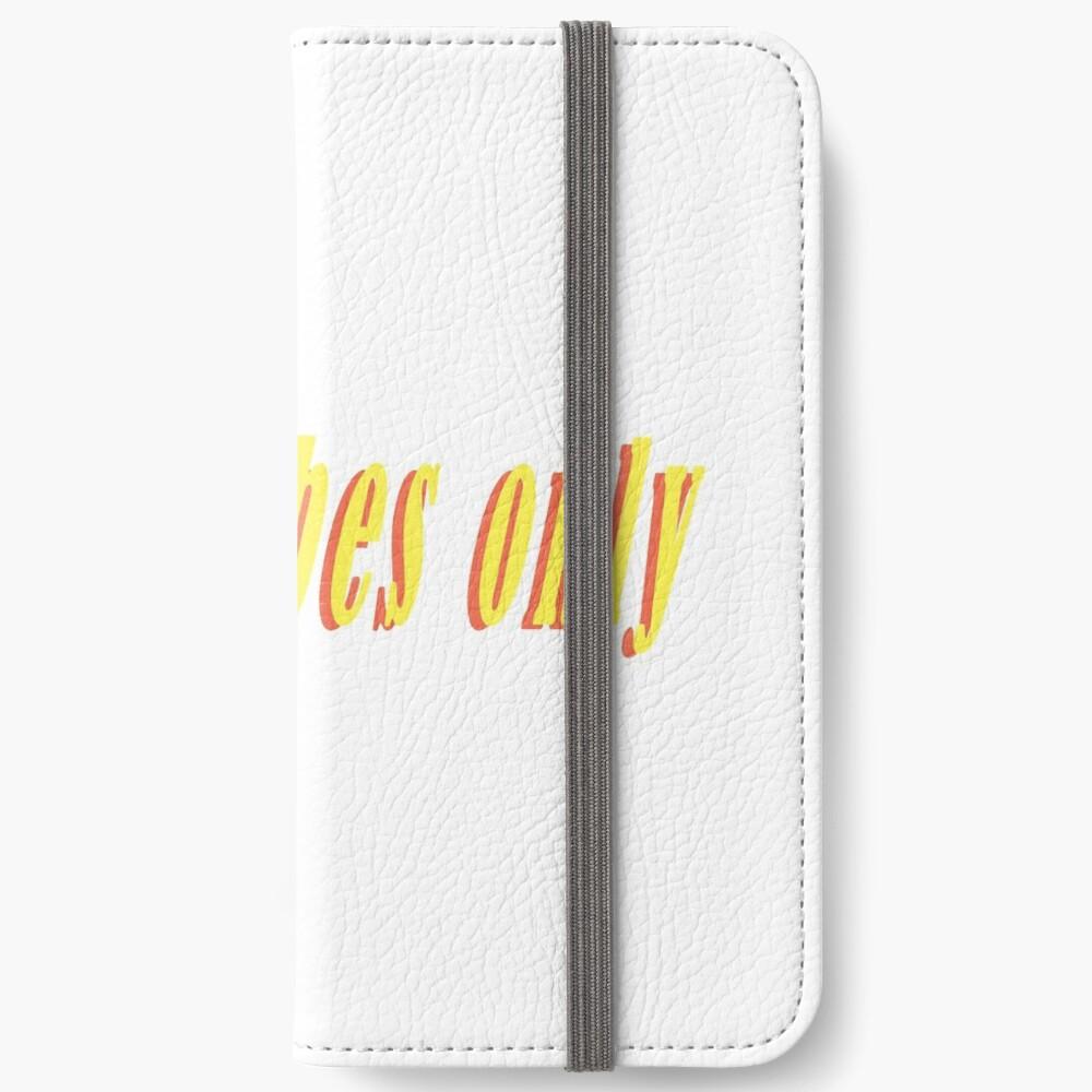 Nur gute Schwingungen iPhone Flip-Case