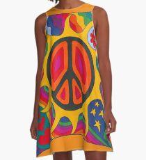 Psychedelischer lodernder Frieden A-Linien Kleid