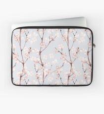Blühen. Aquarell nahtlose Blumenmuster Laptoptasche
