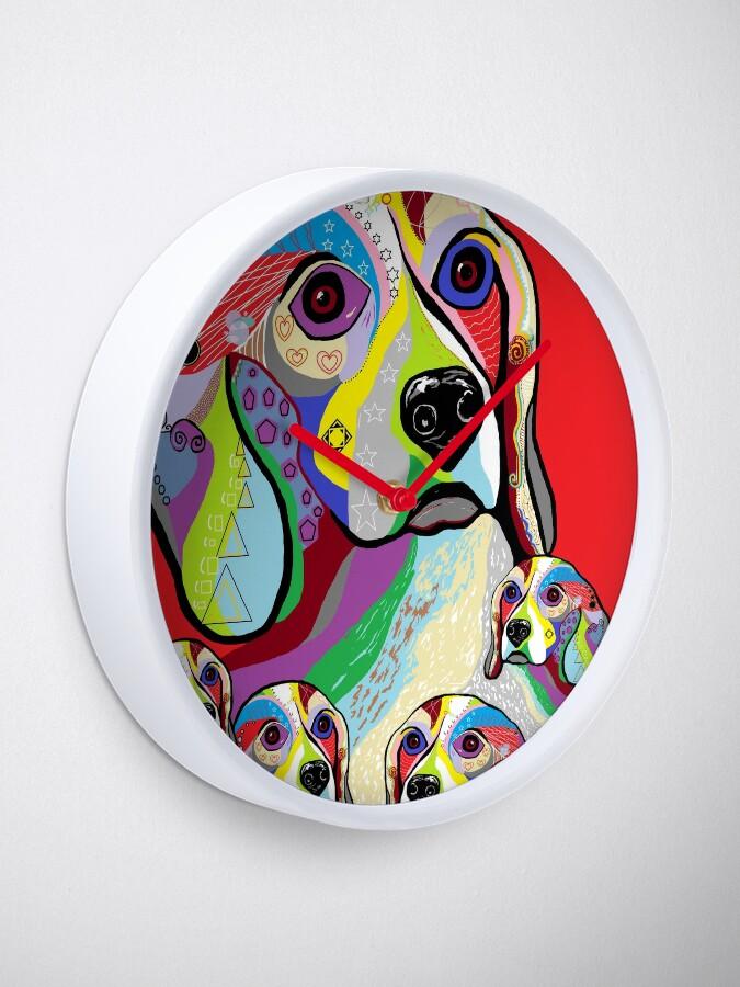 Vista alternativa de Reloj Beagle y bebés