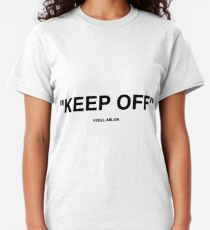 Off White Ikea Keep Off Teppich schwarz / weiß Virgil Abloh - Weihnachten St. Valentinstag Neujahr Tshirt Geschenkidee für Jungen Mädchen Frauen Männer Classic T-Shirt