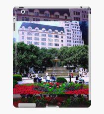 Plaza Hotel/Fountain, NYC, NY iPad Case/Skin