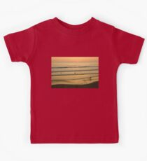 Californian Gold - Sunset, Beach, Waves and Surfers - Oh So California Kids Tee