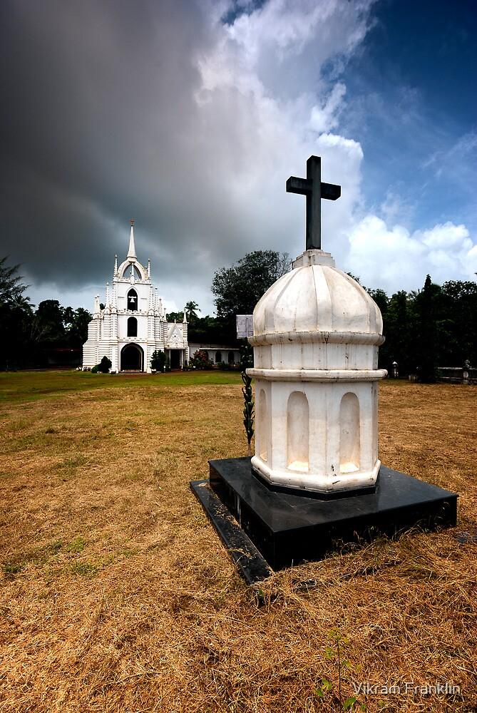 Mae de Deus  by Vikram Franklin