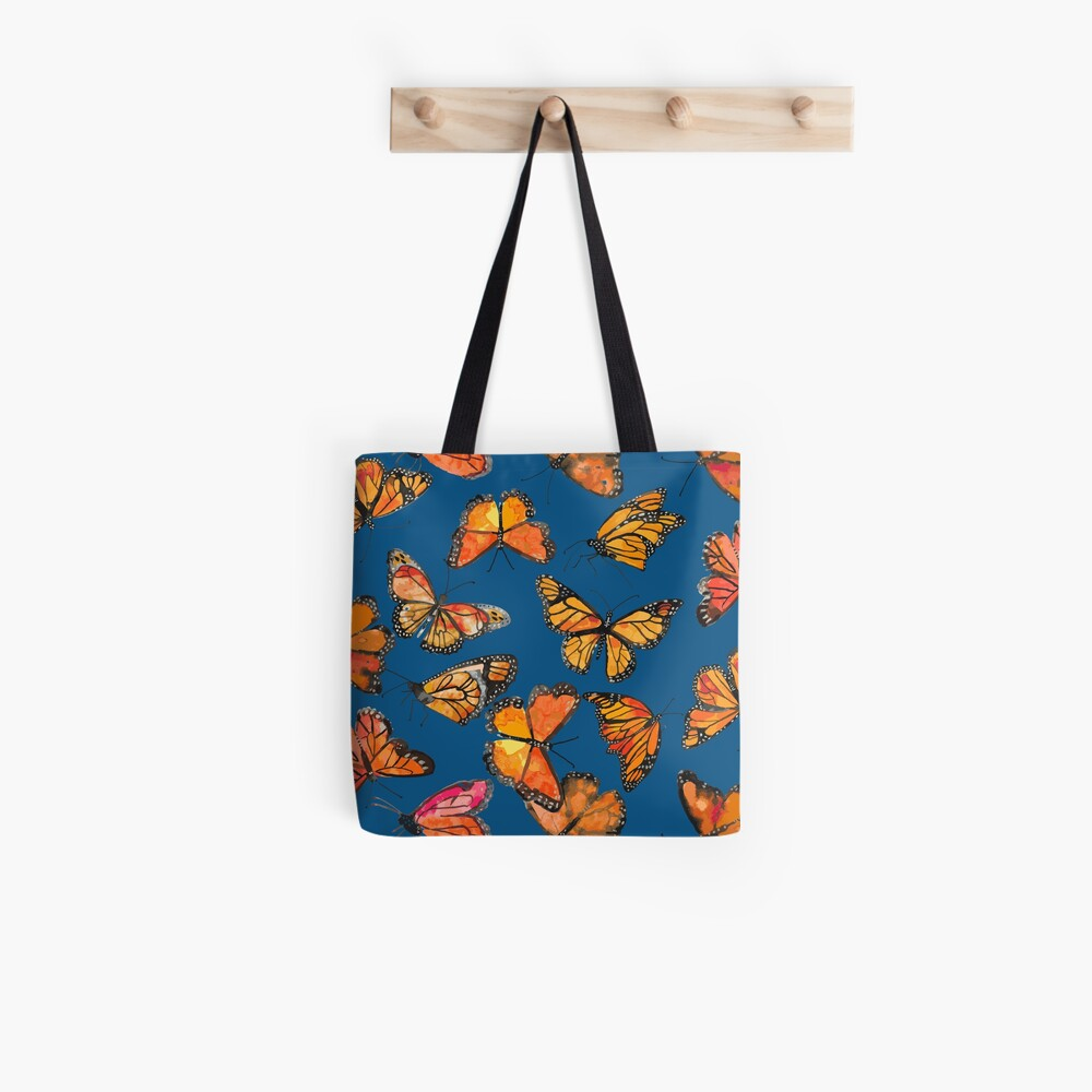 Monarch Butterflies Fly Tote Bag