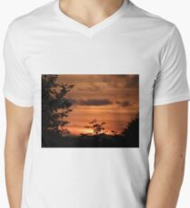 Sunset Plant Derry Ireland T-Shirt