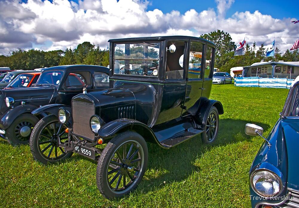 1921 Ford Sedan Model 'T' by Trevor Kersley