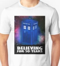 DR WHO BELIEVING Unisex T-Shirt