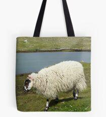 Schafe auf der Insel Harris Tote Bag