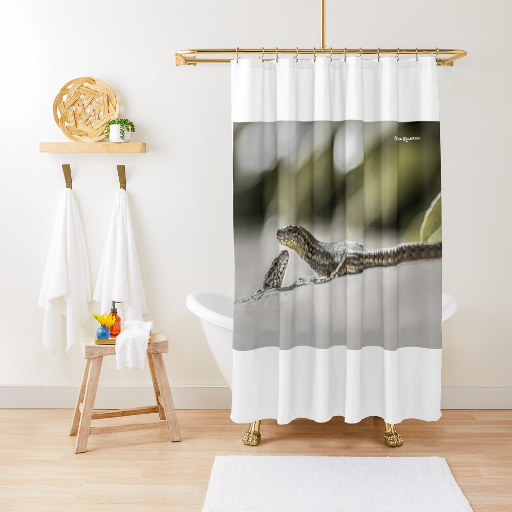 The charming lizards Shower Curtain