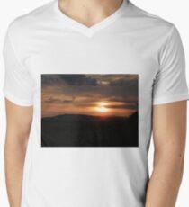 Donegal sunset Men's V-Neck T-Shirt