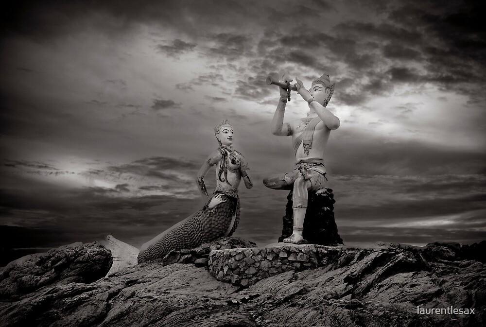 The Prince and the mermaid by laurentlesax