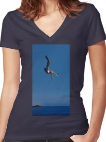 Pelecanus occidentalis fishing. Women's Fitted V-Neck T-Shirt