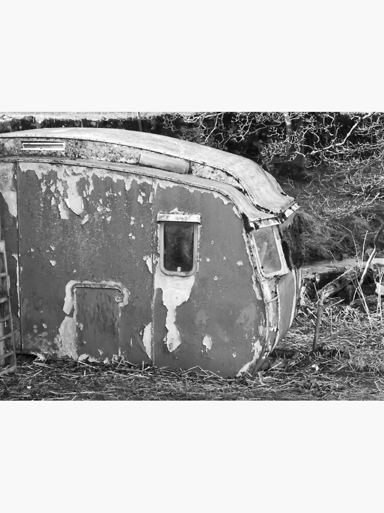 Old Caravan Rotting in a Field by robcole