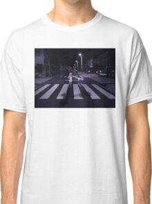Monogatari – Mayoi and Shinobu crosswalk Classic T-Shirt