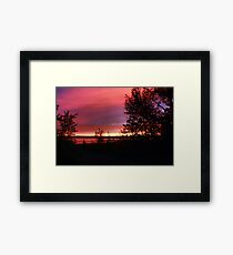 Red sky at Night - Sailors Delight Framed Print