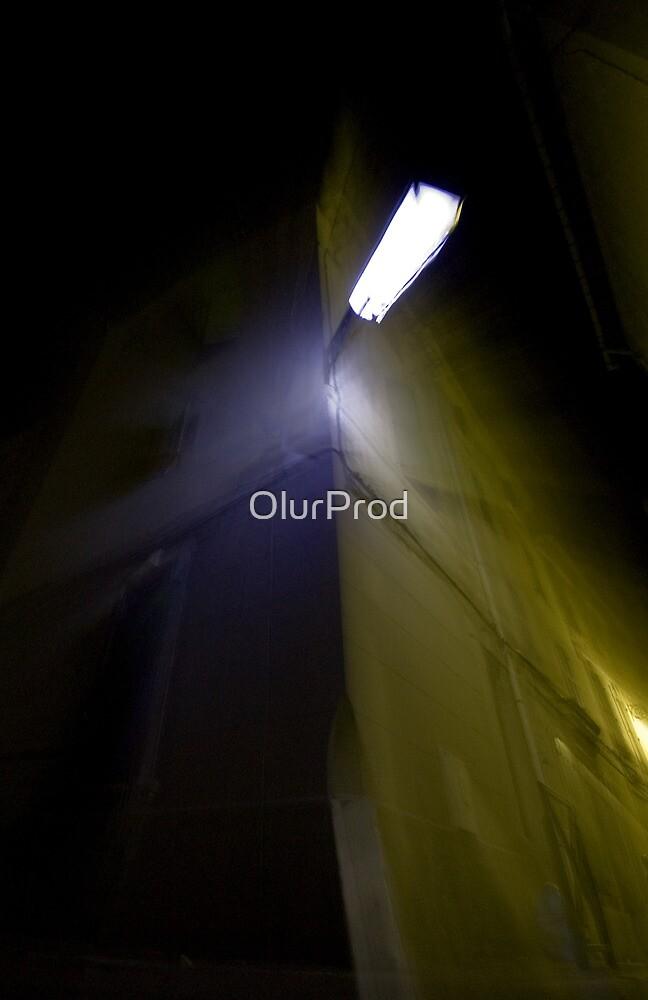 Arles at night II by OlurProd