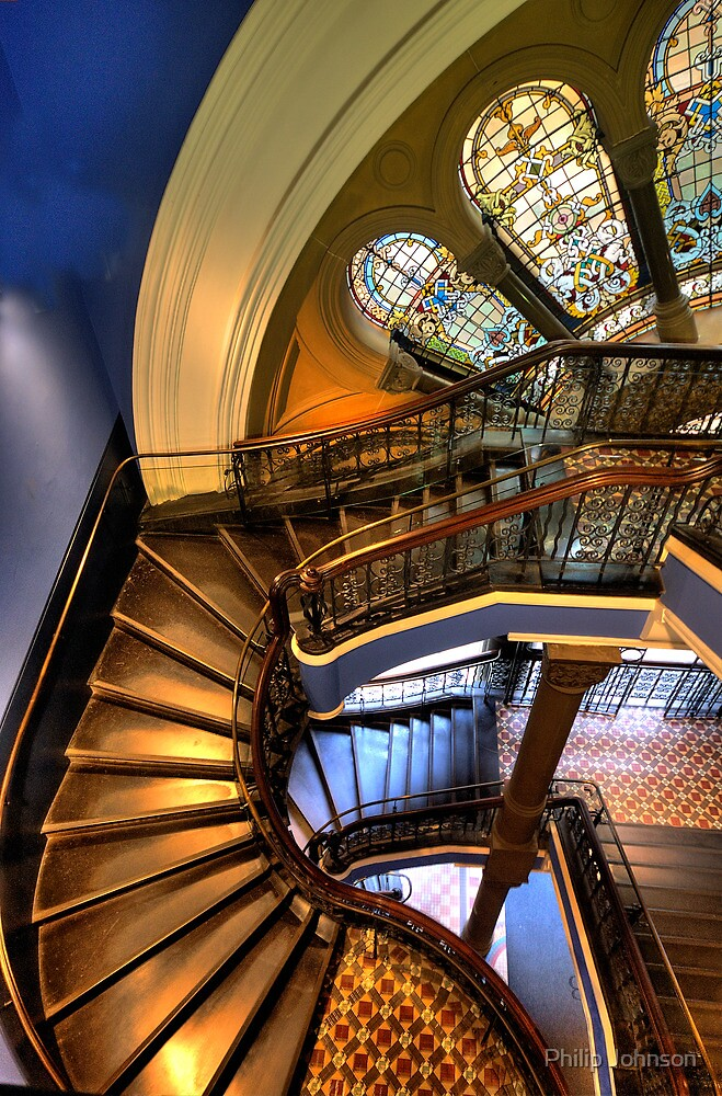 Off The Rails - QVB , Sydney - The HDR Experience by Philip Johnson