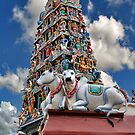 Sri Mariamman Temple (2) by Adri  Padmos