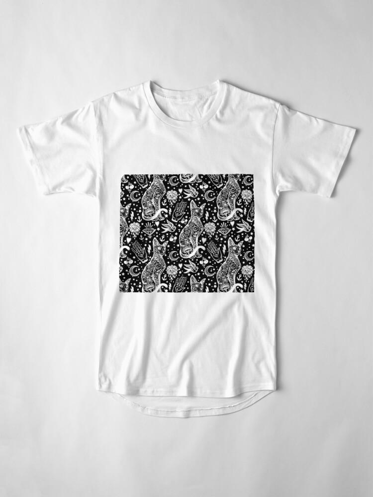 Vista alternativa de Camiseta larga Diseño abstracto de los gatos del espacio.
