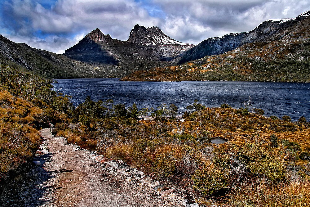 Cradle Mountain - HDR by peterperfect