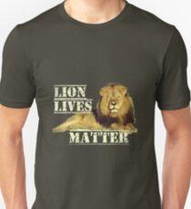 """""""Löwe lebt Materie"""" Unisex T-Shirt"""