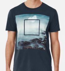merging sky and sea Premium T-Shirt