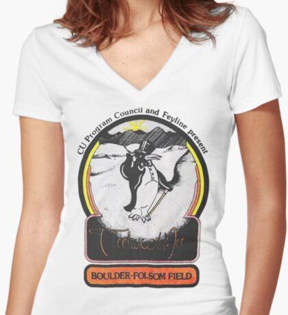 fmt77(21) Fitted V-Neck T-Shirt