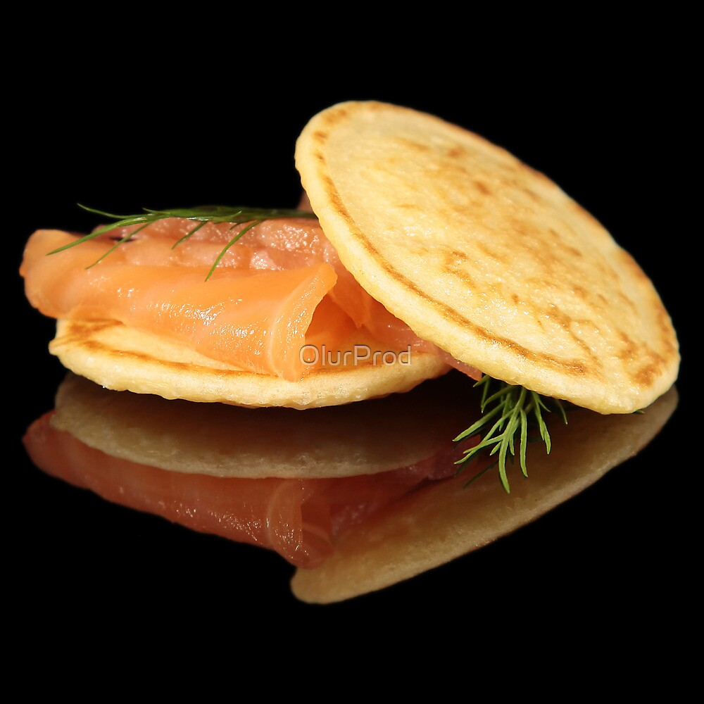 Blinis with salmón by OlurProd