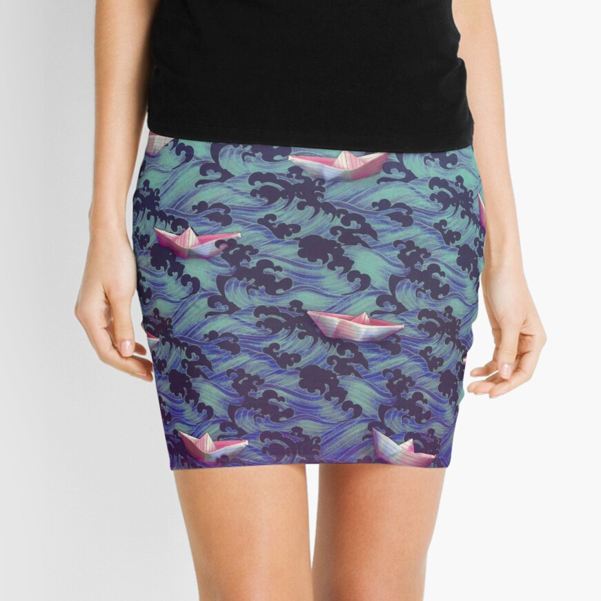 Japanese waves and paper boats Mini Skirt