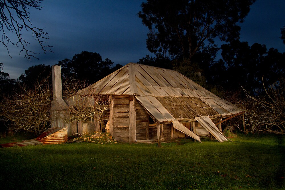 Newlands Cottage - Victoria, Australia by Peter Grieve