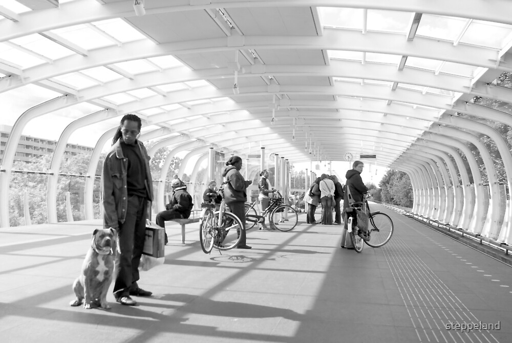 Metrostation - 'Wait - Stay' by steppeland