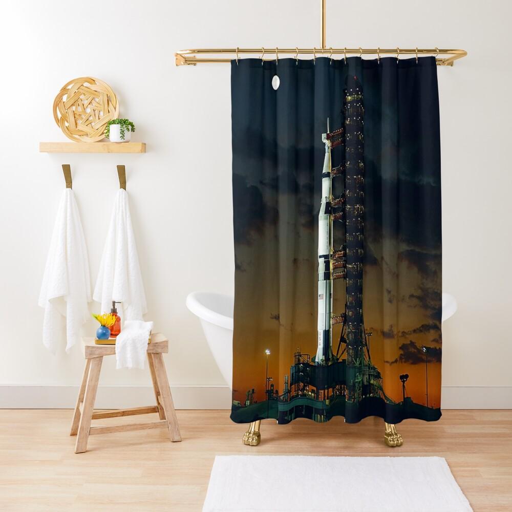 APOLLO 4, Saturn V Rakete, für die amerikanischen bemannten Mondlandung Missionen verwendet Duschvorhang