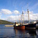 Loch Fyne by Lynne Morris