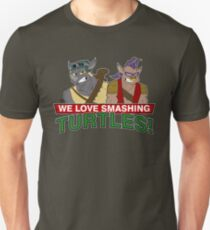 We love smashing Turles! T-Shirt