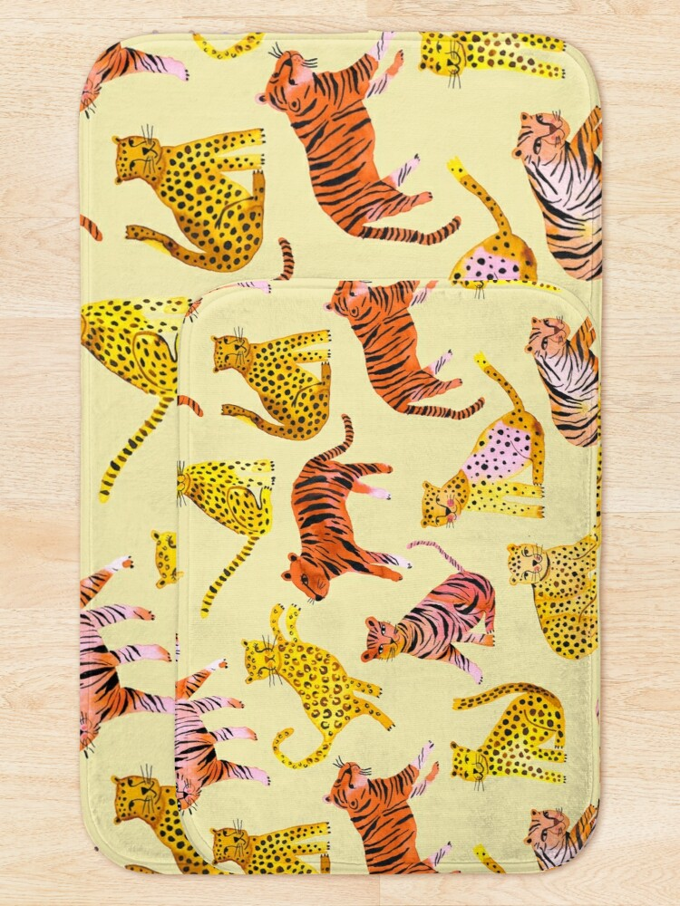 Alternate view of Tigers and Leopards Africa Savannah Bath Mat