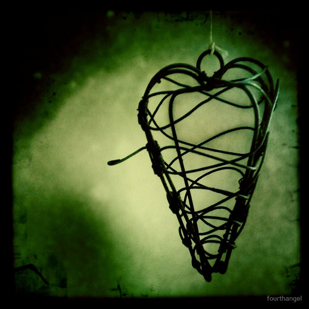 Hanging heart by fourthangel