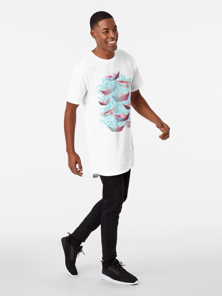 Alternate view of Japanese waves and paper boats Long T-Shirt