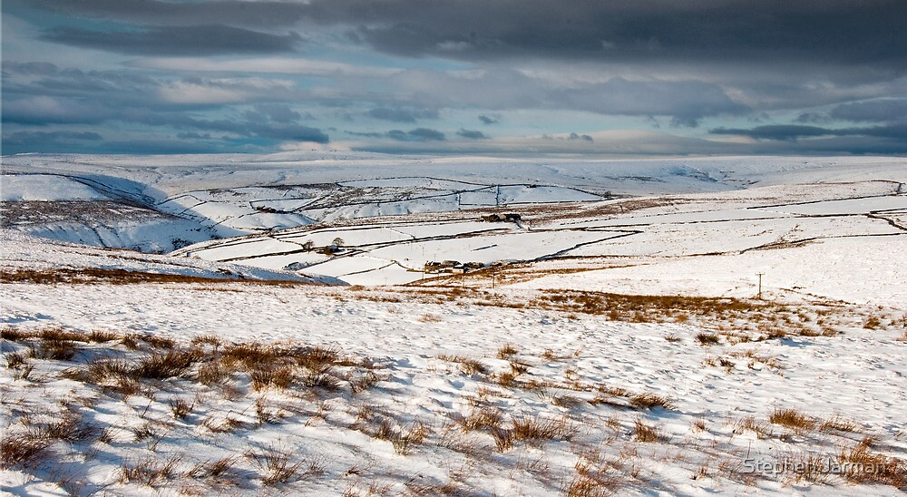 Winter moorland scene by AttiPhotography