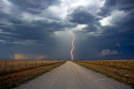 Lightning Strike in the Great Plains (Bartlesville, Oklahoma, USA) by Brian Barnes StormChase.com