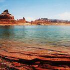 Lake Powell by Chloe  Garfield
