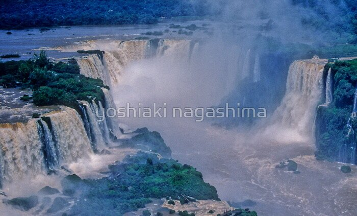 Iguazu Falls, Paraguay by yoshiaki nagashima