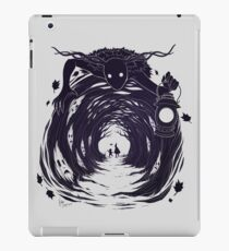 OtGW: If You Go into the Woods at Night... iPad Case/Skin