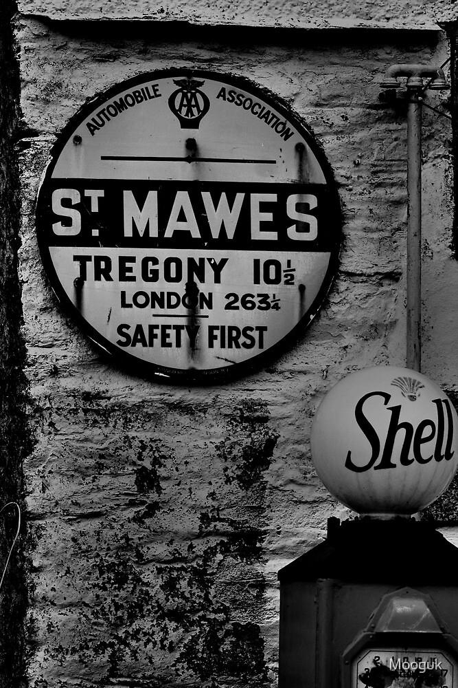 St Mawes, Cornwall by Mooguk