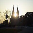 Kölner Dom Abend by Sarinilli
