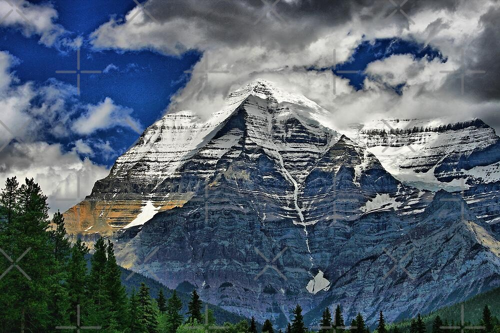 Mount Robson by Vickie Emms