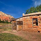 Red Rock Homestead by Sue  Cullumber